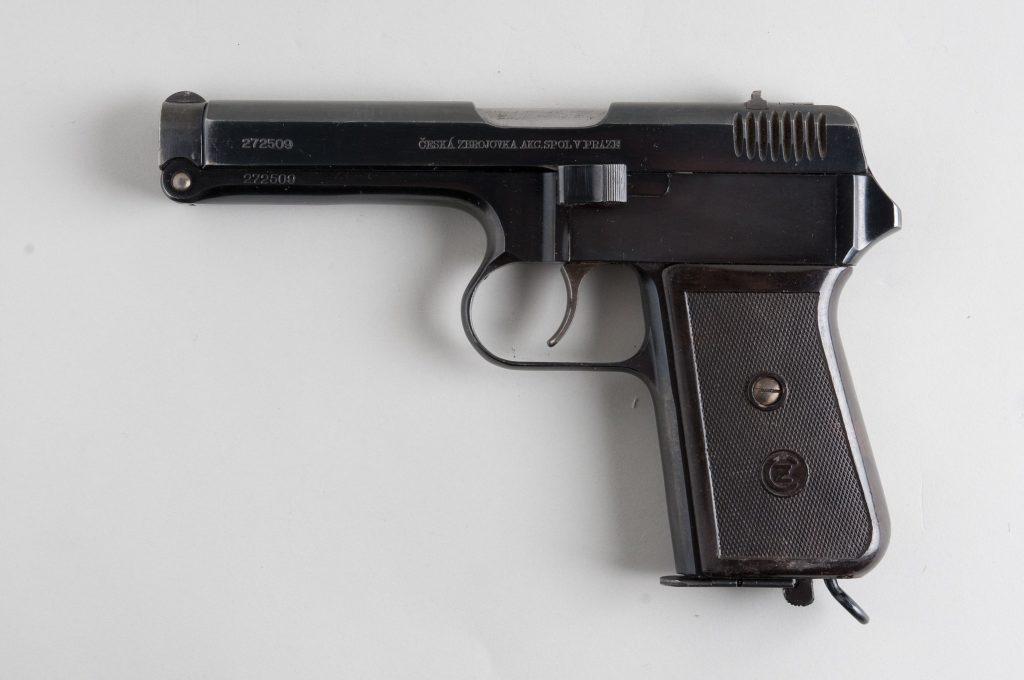 Pistole ČZ vz. 38
