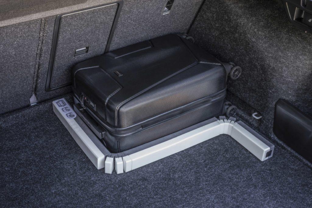 Had do kufru je dalším patentem automobilky