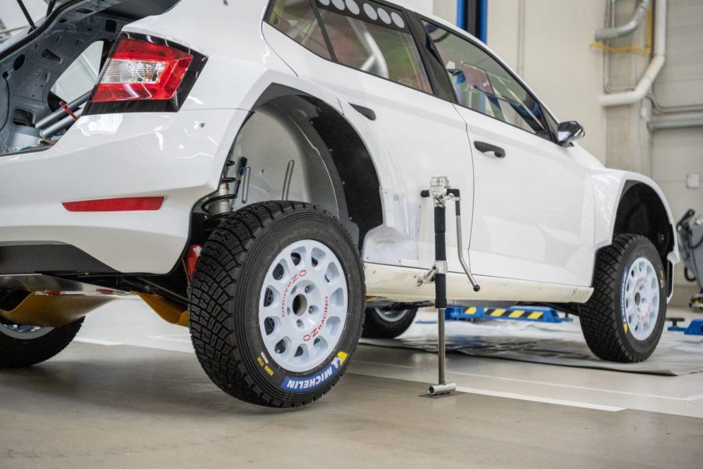Bezpečnostní prvky vozů na rallye