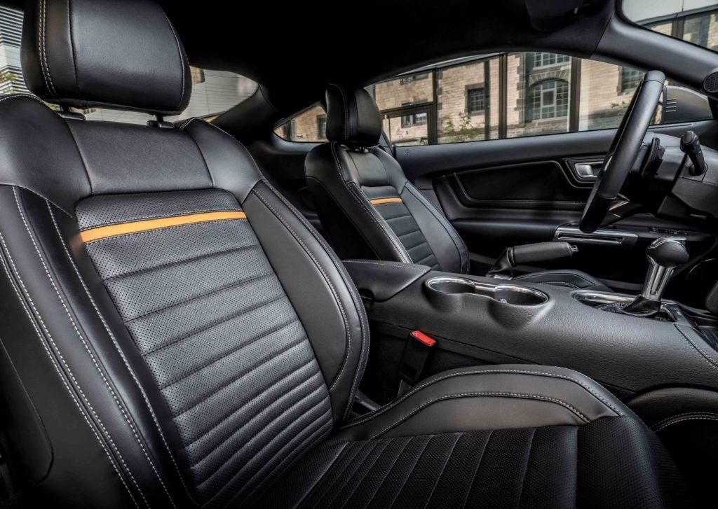 Interiér Mustangu Mach 1