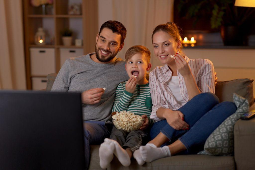 Rodina u televize