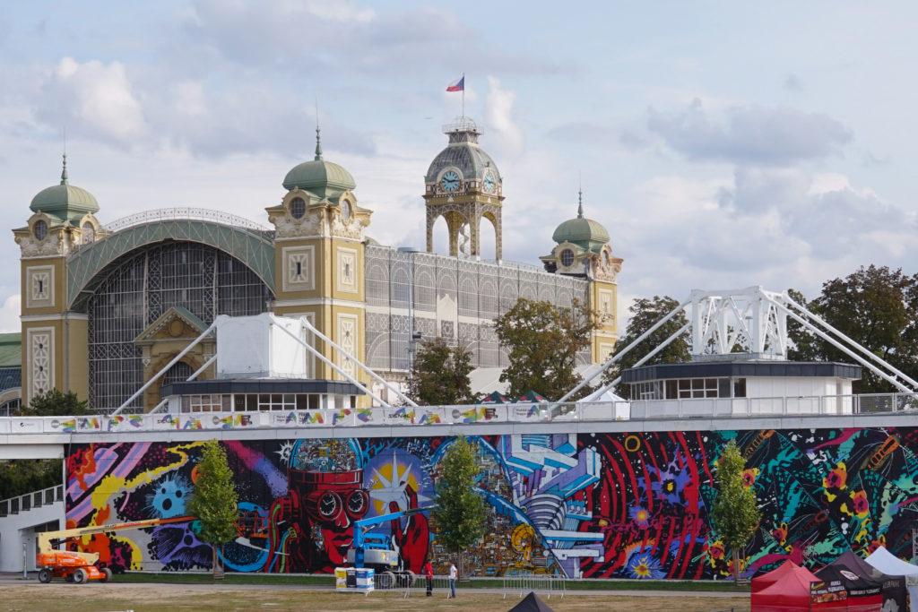 Graffiti na pražském Výstavišti