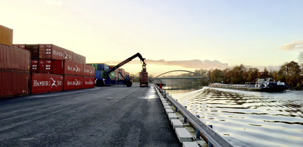 Terminál pro kontejnery s CKD ve Fallerslebenu