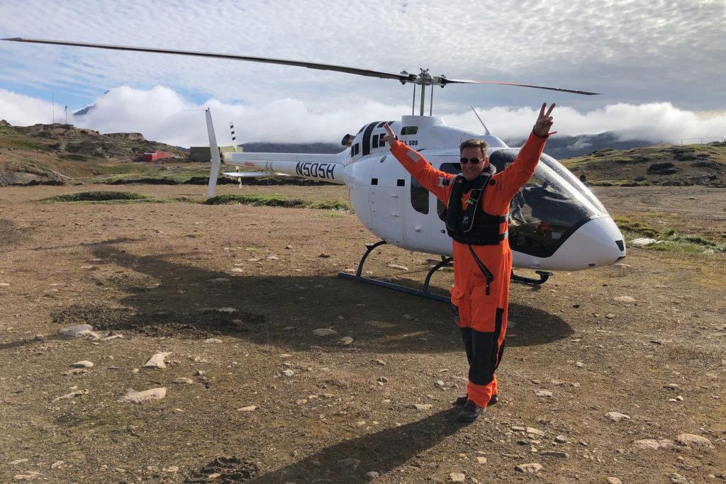 Jules Mountain a jeho soukromý vrtulník Bell 505
