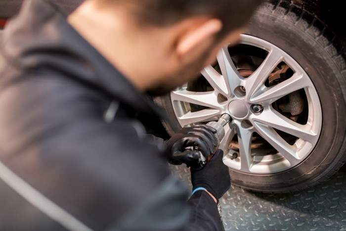 Přezutí na zimní pneumatiky by mělo být samozřejmostí
