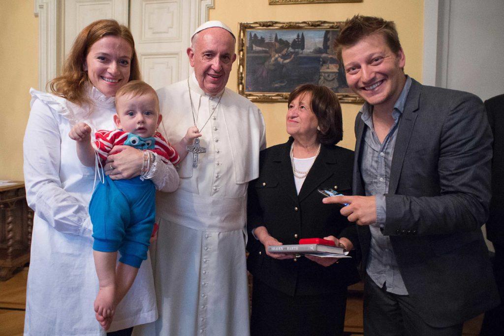 Narozená v Osvětimi - setkání s papežem Františkem
