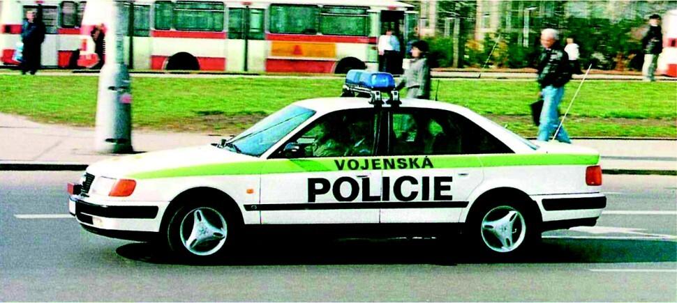 Vozidlo Vojenské policie v 90. letech