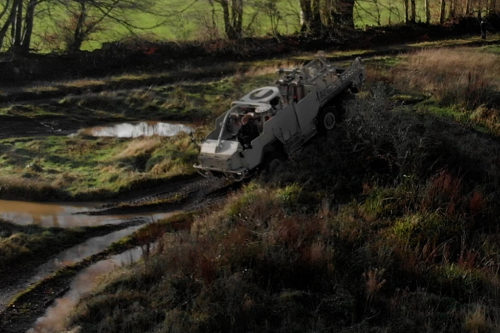 Vozidlo HMT400 4x4 Jackal