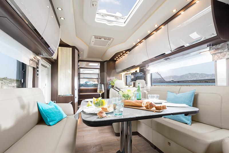 Luxusní interiér obytného vozu Morelo