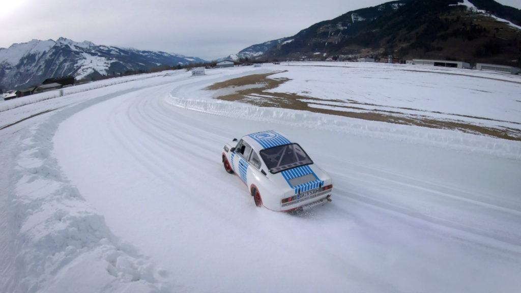 Legendární Škoda 130 RS umí i na sněhu a ledu