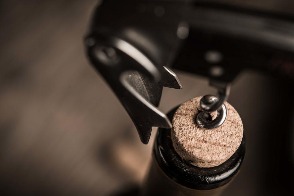 Zkažené víno může být cítit korkem