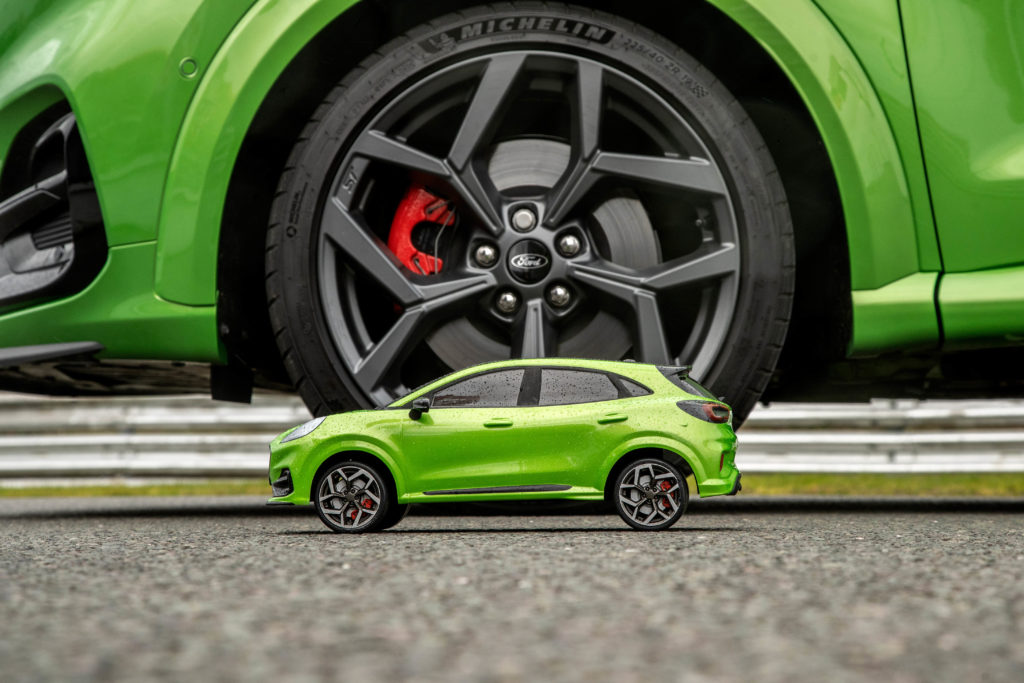 Ford Puma ST versus RC model